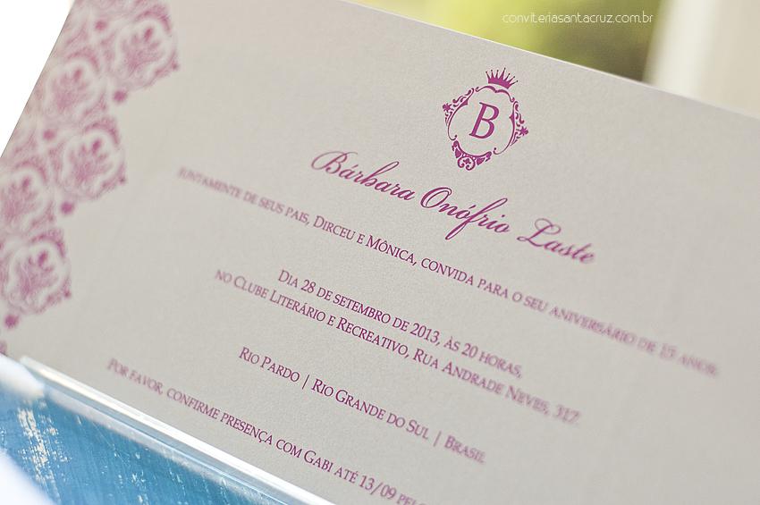 Detalhe da impressão em silkscreen pink.