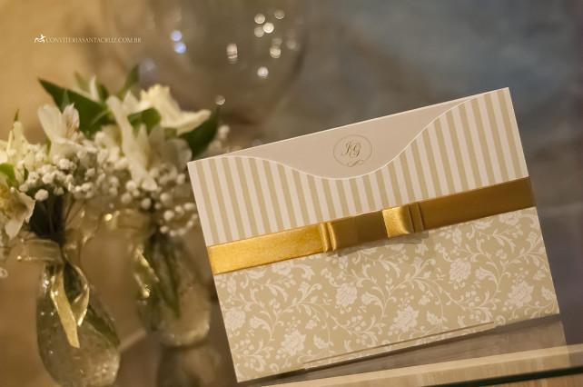 Convite de casamento elegante com laço Chanel duplo.