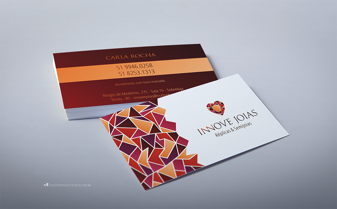 Identidade visual corporativa: cartões de visita para a Innove Joias.