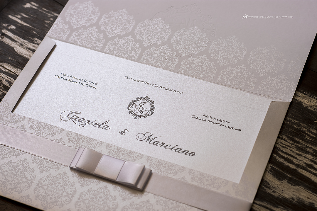 Convite de casamento com cristal Swarovski e totalmente personalizado (5)