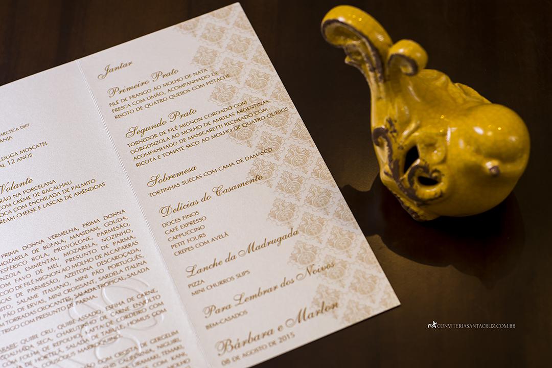 Convite de casamento prático e elegante com monograma e lacre de cera (6)
