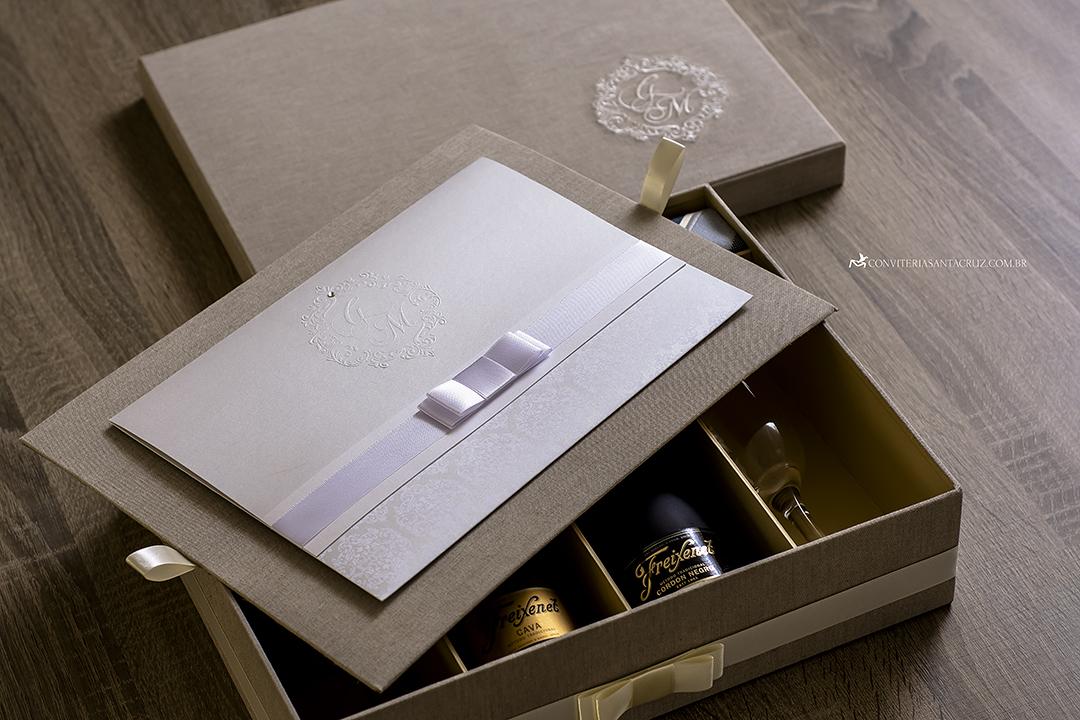 Caixas personalizadas para padrinhos. (3)