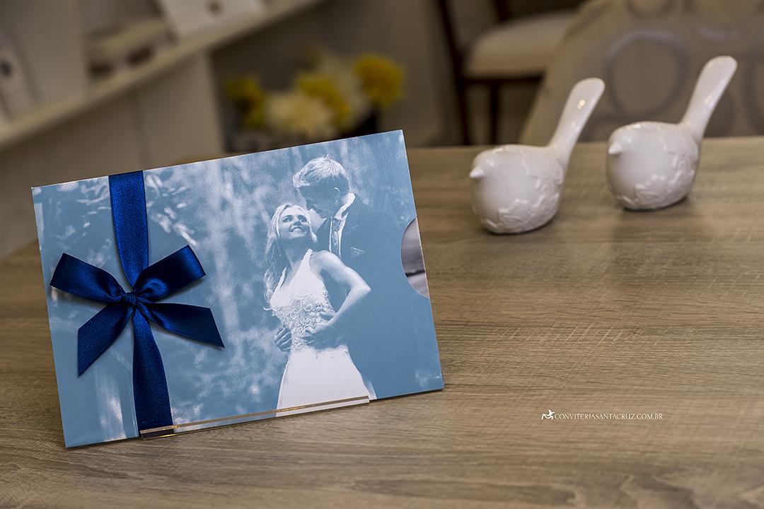 Convite de casamento com foto jovial, moderno e elegante
