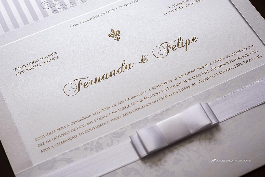Convite de casamento clássico e elegante com lindos detalhes de acabamento. (12)