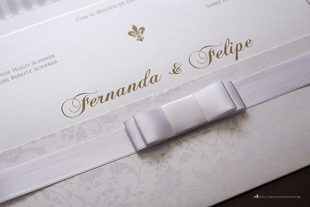 Convite de casamento clássico e elegante com lindos detalhes de acabamento. (6)