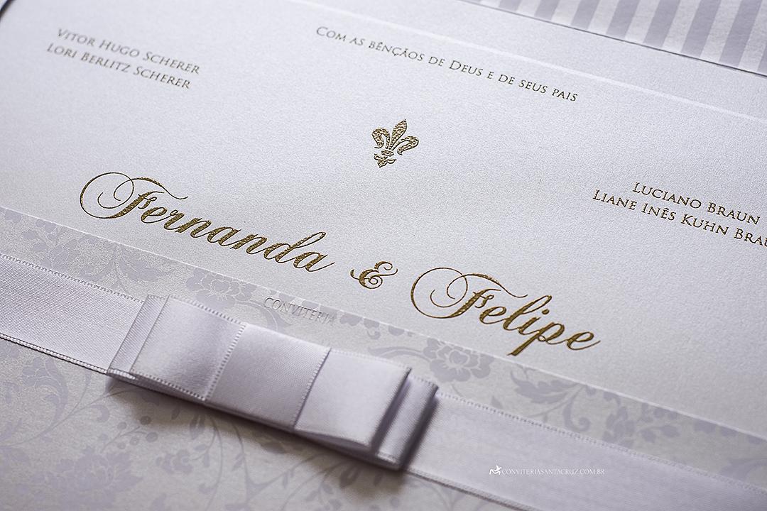 Convite de casamento clássico e elegante com lindos detalhes de acabamento. (7)